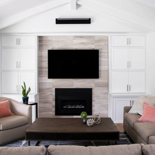 75 Beautiful Vaulted Ceiling Family Room Pictures Ideas December 2020 Houzz