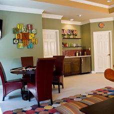 Contemporary Family Room by Adentro Designs