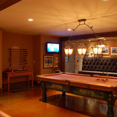 traditional media room by CS Media Inc