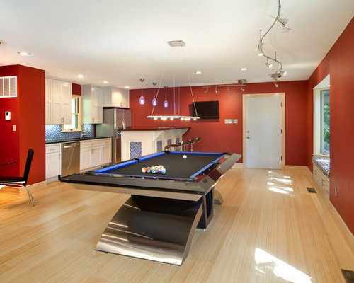 Pool table houzz for Indoor game room ideas