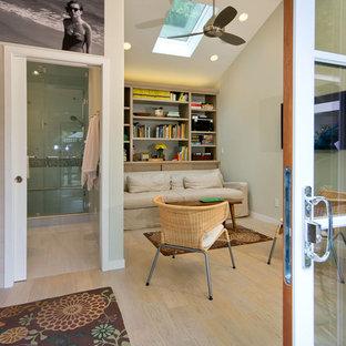 Family room - contemporary family room idea in San Francisco