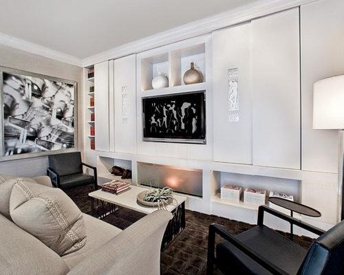 wohnzimmer mit verputztem kaminsims und teppichboden ideen. Black Bedroom Furniture Sets. Home Design Ideas