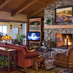 eclectic family room by Friehauf Architects Inc.