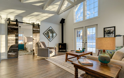 Houzz Tour: Canadian Cottage Coziness in 600 Square Feet