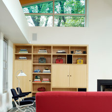 Contemporary Family Room by Allegretti Architects, Inc.