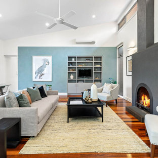 Design ideas for a transitional family room in Melbourne.