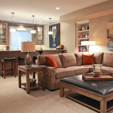 Traditional Family Room by Dwellings
