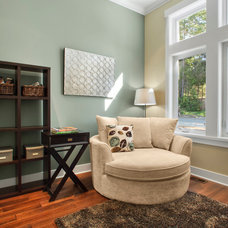 Modern Family Room by Concept Photography