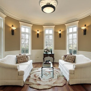 Family room - traditional family room idea in Austin
