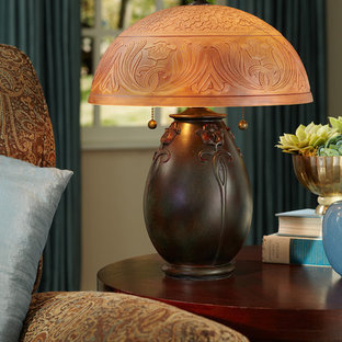 Quoizel Traditional Table Lamp