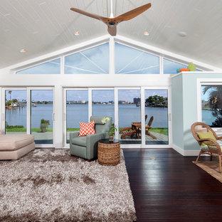 Trendy family room photo in Tampa