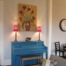 Traditional Family Room by B. Thrower, Interior Redesign and Home Staging