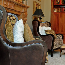 Traditional Family Room by Tracy Catanzarite