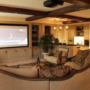Imagen de sala de estar con barra de bar cerrada, tradicional, de tamaño medio, sin chimenea, con paredes beige, suelo de baldosas de terracota, televisor colgado en la pared y suelo naranja