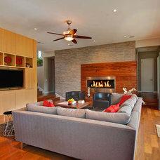 Modern Living Room by Greico Designers/Builders Dallas