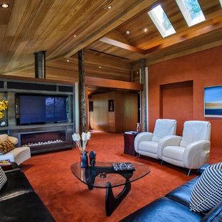 サンフランシスコの大きいコンテンポラリースタイルのおしゃれなファミリールーム (赤い壁、カーペット敷き、横長型暖炉、壁掛け型テレビ、赤い床) の写真