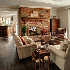 Traditional Family Room by Jane Kelly, Kitchen and Bath Designer