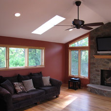 Traditional Family Room by Hammer Head Builders Inc.