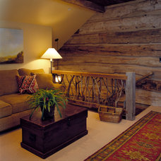 rustic family room by Design Associates - Lynette Zambon, Carol Merica