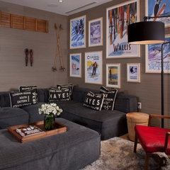 eclectic family room by Salinas Lasheras