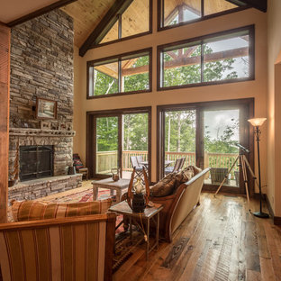 Rustic Retreat in Lost Creek