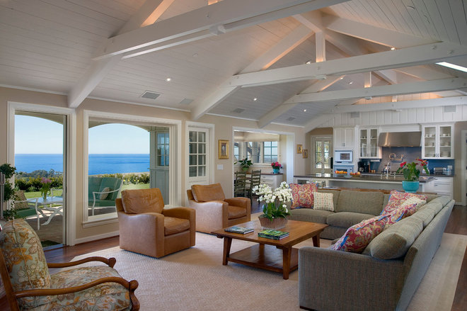 Traditional Family Room by Kent Mixon Architect