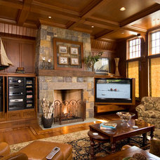 Traditional Family Room by AMBIANCE SYSTEMS
