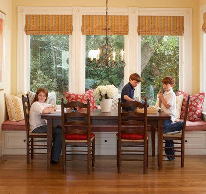 Contemporary Family Room by Hood Thomas Architects
