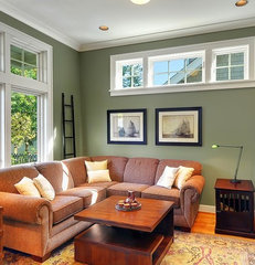 traditional family room by Seattle Staged To Sell