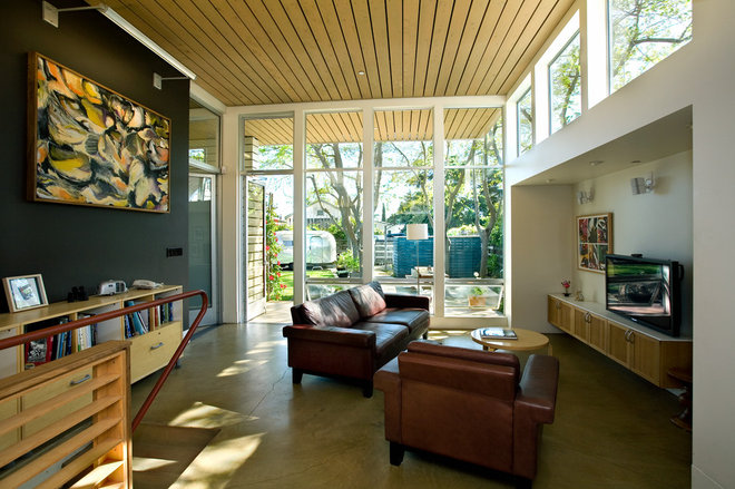 contemporary family room by Paul Welschmeyer ARCHITECTS & energy consultants