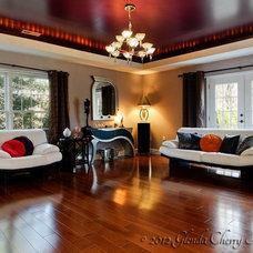 Traditional Family Room by Glenda Cherry Photography