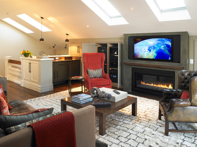 Traditional Family Room by MN Builders