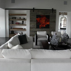 Beach Style Family Room by Hart Concrete Design