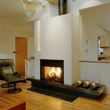 Modern Family Room by Architectural Resource LLC