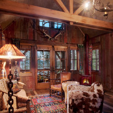 Rustic Family Room by Ward-Young Architecture & Planning - Truckee, CA
