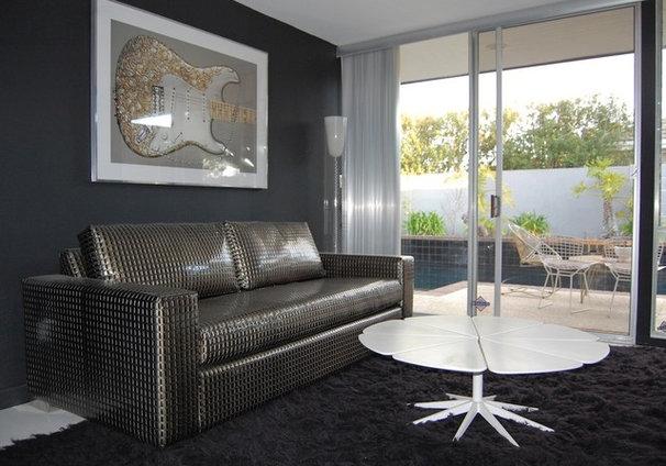 Midcentury Family Room by Dana Nichols
