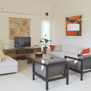 Social living space with symmetry and comfort