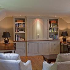 Traditional Family Room by Jarrett Vaughan Builders, Inc.