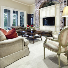 Traditional Family Room by JAUREGUI Architecture Interiors Construction