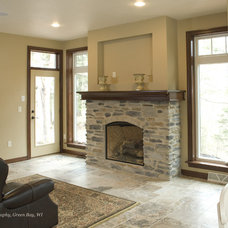 Traditional Family Room by Radue Homes Inc.