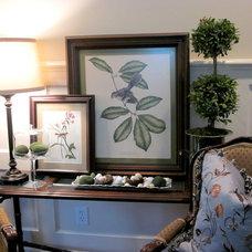 Traditional Family Room Spring Vignette
