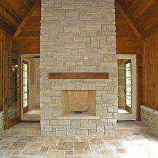 Traditional Family Room by Distinctive Custom Homes, Inc.