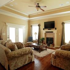 Traditional Family Room Stephanie Loggins