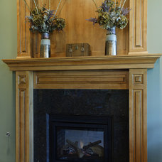Traditional Family Room by Jenny Campbell