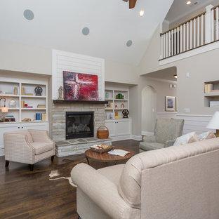 Immagine di un soggiorno stile americano