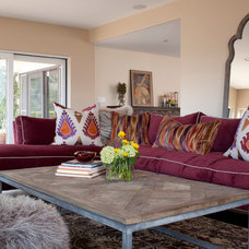 Eclectic Family Room by viney and p