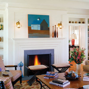 Cottage chic family room photo in Boston