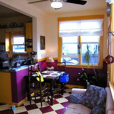Farmhouse Family Room by W. David Seidel, AIA - Architect