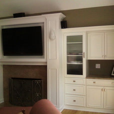 Traditional Family Room by Billet LLC- Billet General Construction