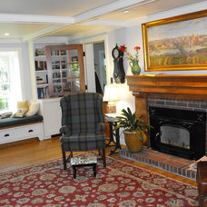 Traditional Family Room suzanne - pittsburgh pa